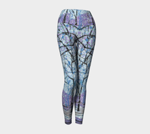 Load image into Gallery viewer, Purple Snow Yoga Leggings