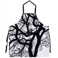 Load image into Gallery viewer, Camus Winter Tree Apron