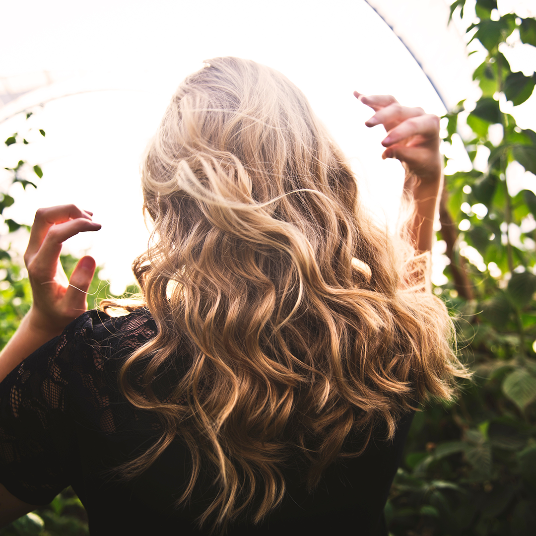Bombshell Volume, How To Create The Perfect Curls