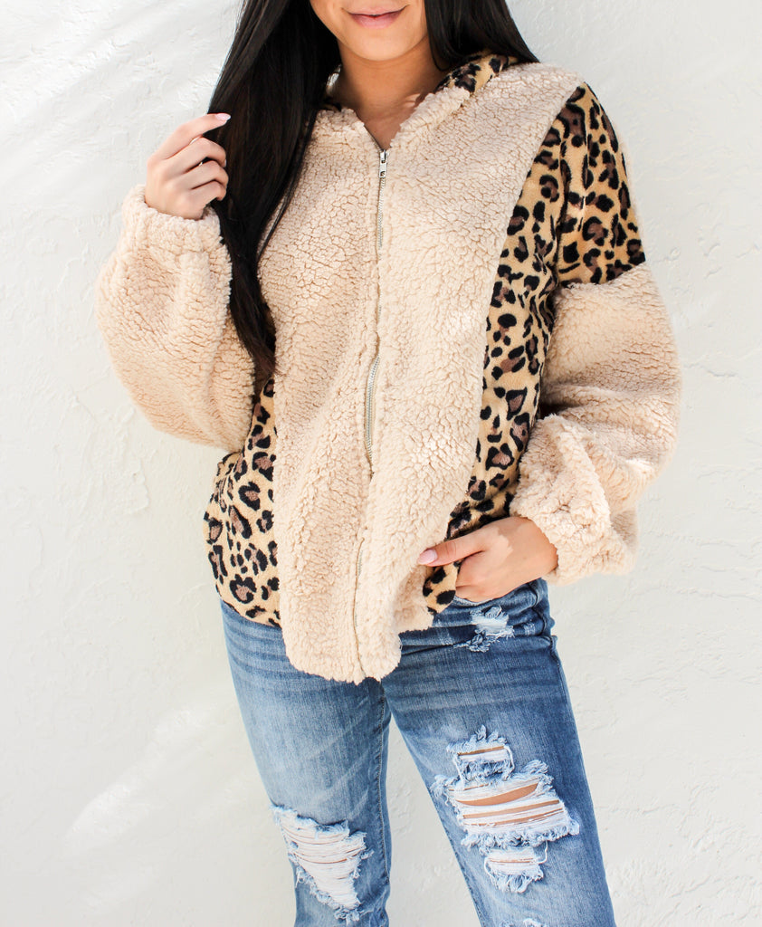 Cozy Up Leopard Sherpa