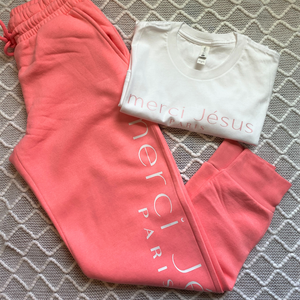 Merci Jésus Joggers Only (Bright Pink)
