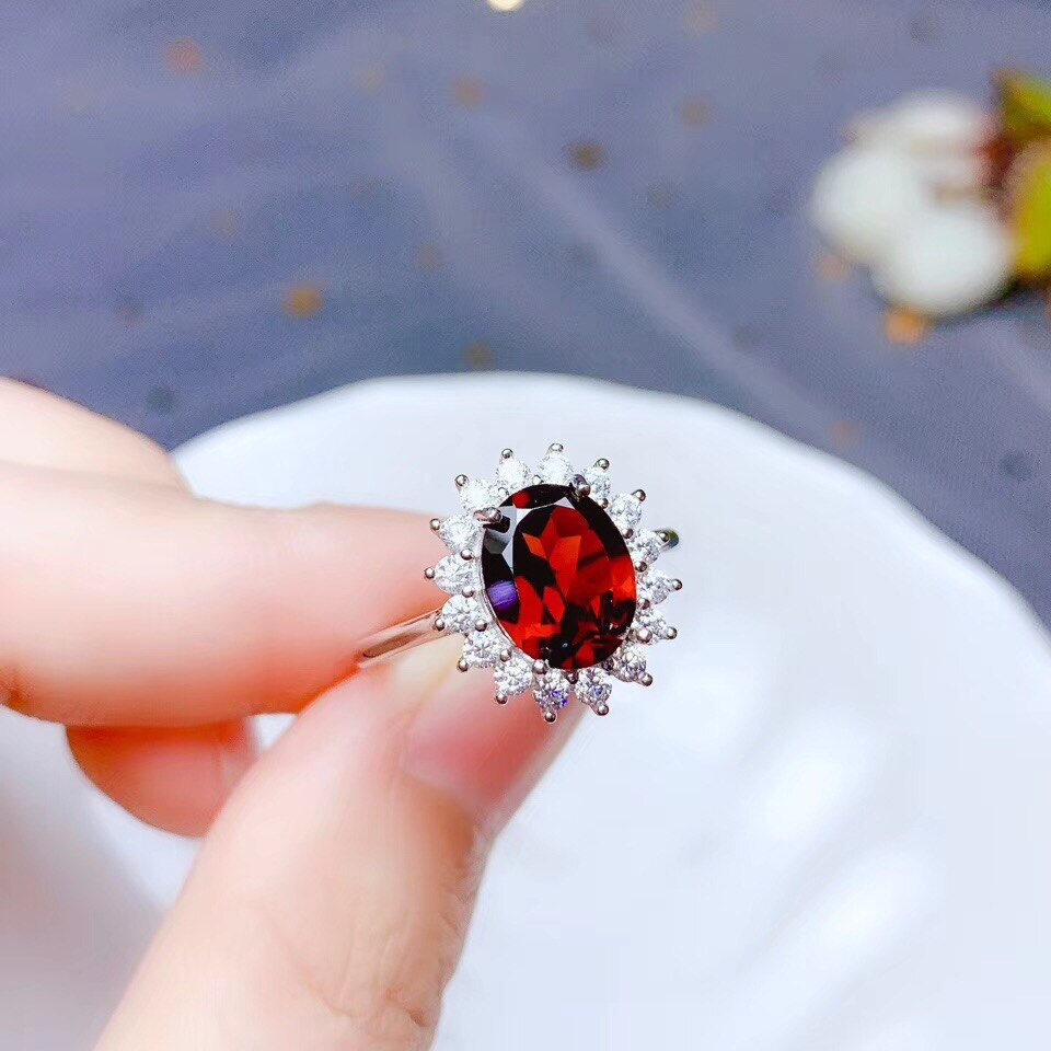Natural garnet Ring 925 Silver   Natural gemstones specialize in beautiful colours, fashionable designs and cheap prices