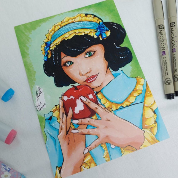 PRINT - Snow White and Her Apple