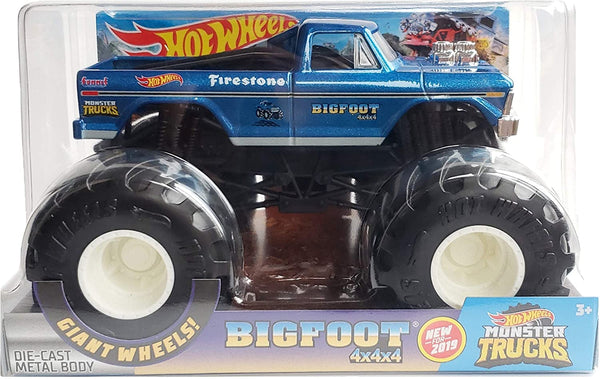 Hot Wheels Monster Trucks 1:24 Scale Bigfoot Vehicle