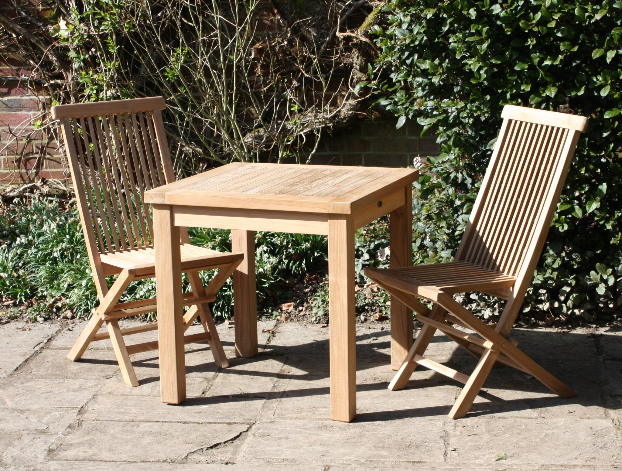 Square garden teak table & chairs