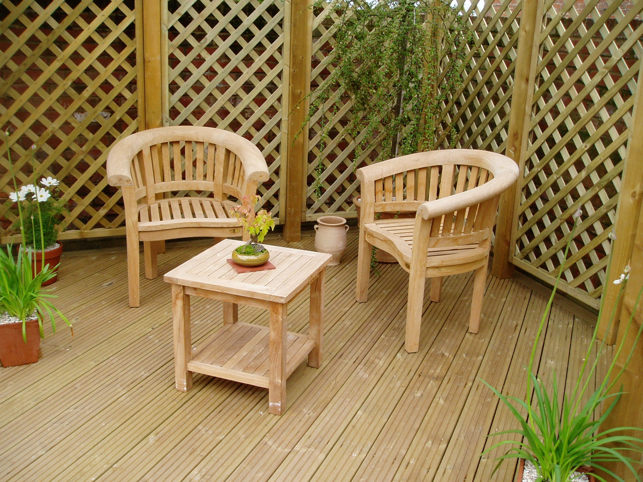 Teak lounge chairs - crescent back