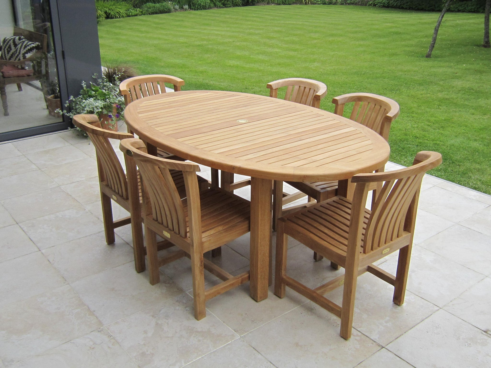Teak oval garden dining table & chair set