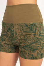Print High Waisted Yoga Shorts