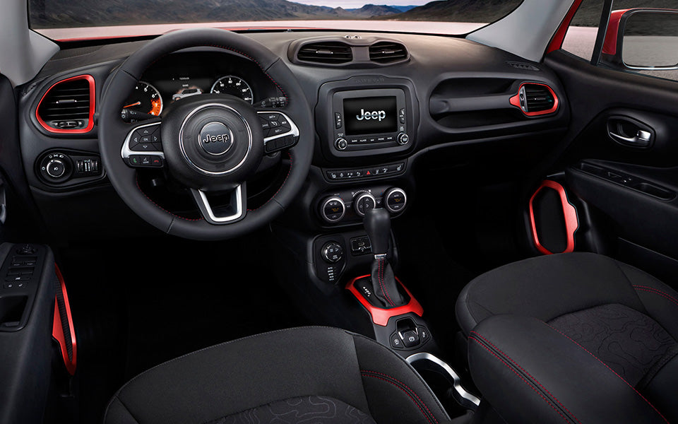 1-2015-jeep-renegade-interior