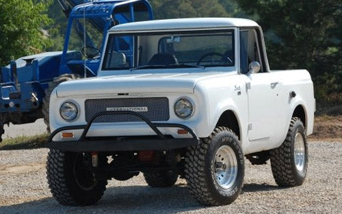 International Scout 800