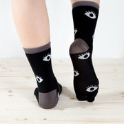 Tabi Socks/Hitotsumekozo the One-eyed ghost