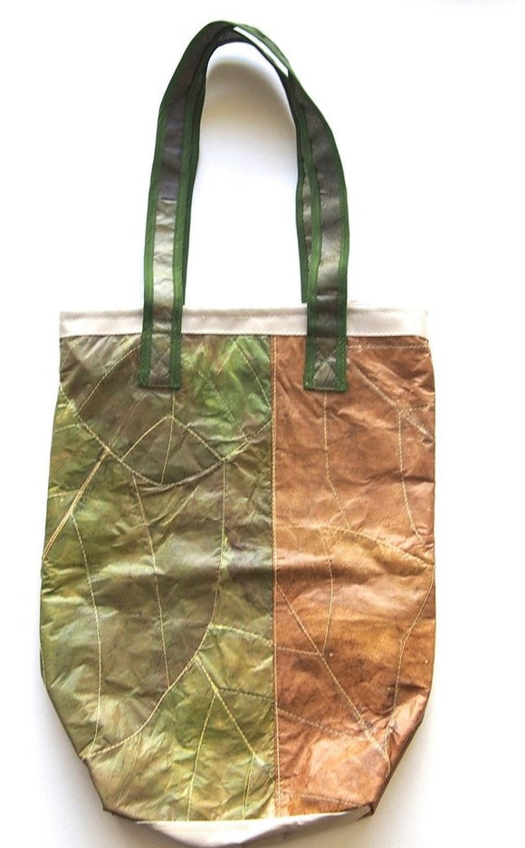 LOOM Imports -Teak Leaf Purse