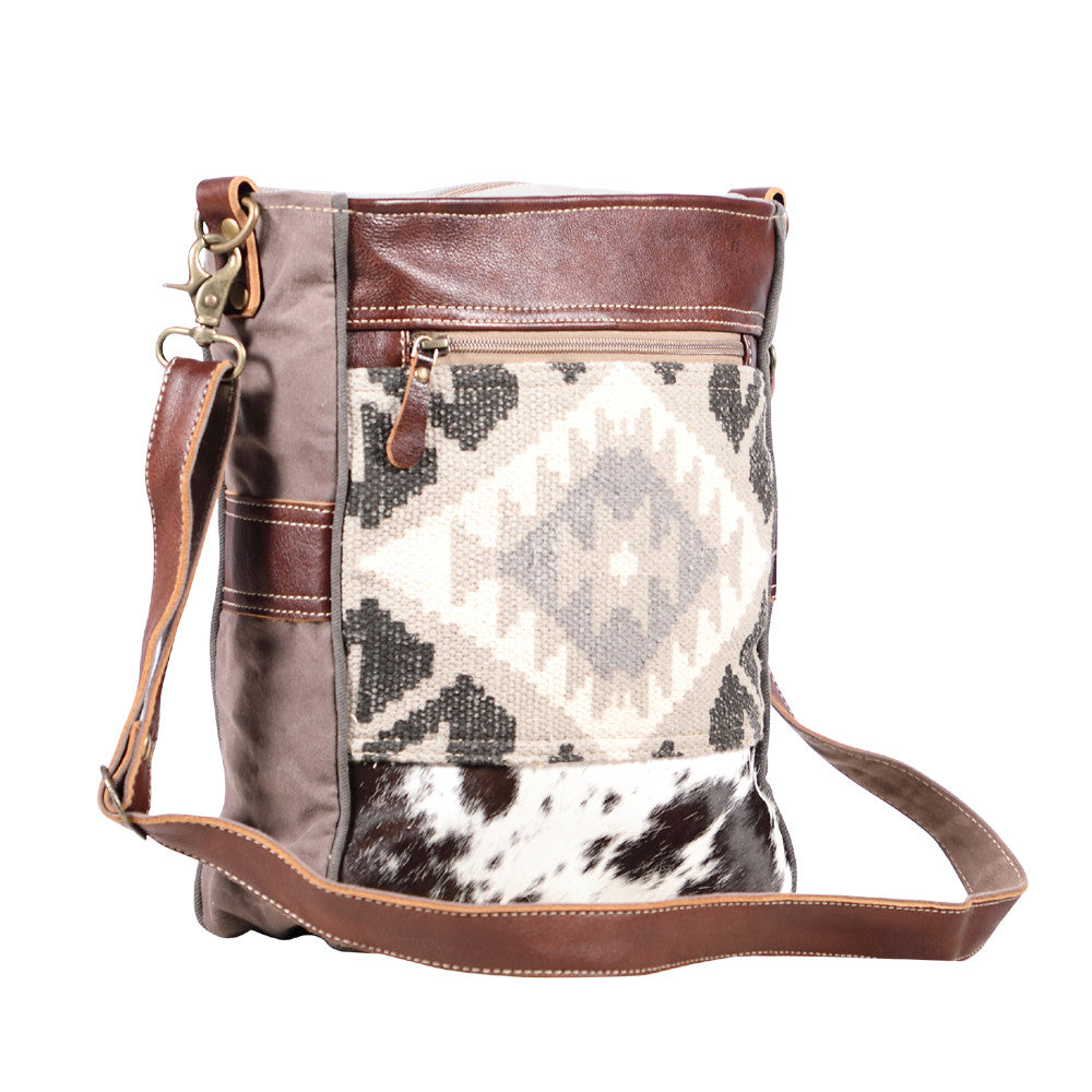 Myra Eazy Breezy Shoulder Bag
