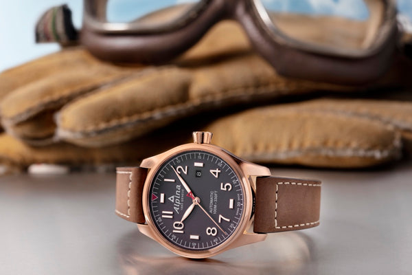 STARTIMER PILOT AUTOMATIC: THE LEGENDARY AVIATION HERITAGE
