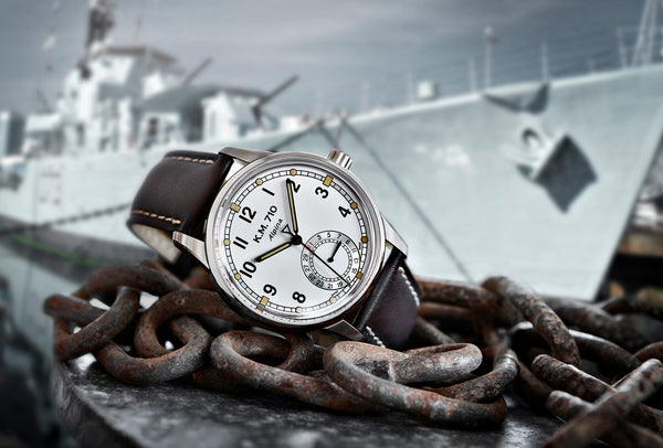 THE ALPINA KM-710, A MODERN INTERPRETATION OF THE RELIABLE NAVY SERVICE WRISTWATCH