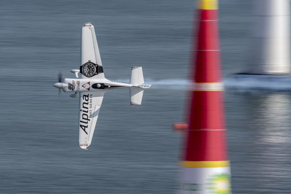 ALPINA WATCHES BRAND AMBASSADOR: MIKE GOULIAN AND TEAM 99 STRIKE AGAIN BY WINNING THE 2ND PLACE AT THE RED BULL AIR RACE WORLD CHAMPIONSHIP