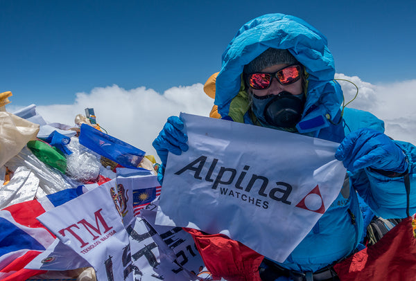 ALPINA WATCHES AMBASSADRESS MELISSA ARNOT BECOMES THE FIRST AMERICAN WOMAN TO SUMMIT MOUNT EVEREST WITHOUT THE USE OF SUPPLEMENTAL OXYGEN