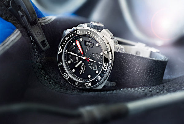 EXTREME DIVER 300 CHRONOGRAPH AUTOMATIC