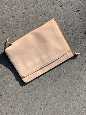 LAPTOP CASE/ UNDYED