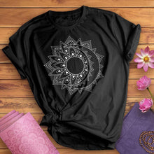 Load image into Gallery viewer, Henna Sun Burst Tee