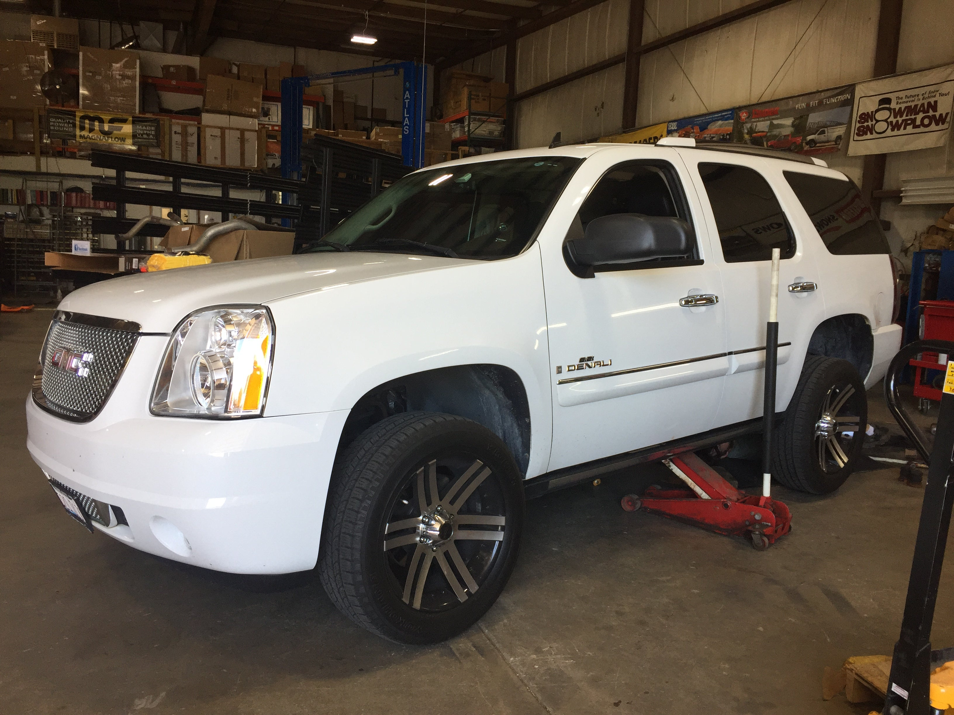 GMC Denali Leveling Kit Installation Near Me Chicago