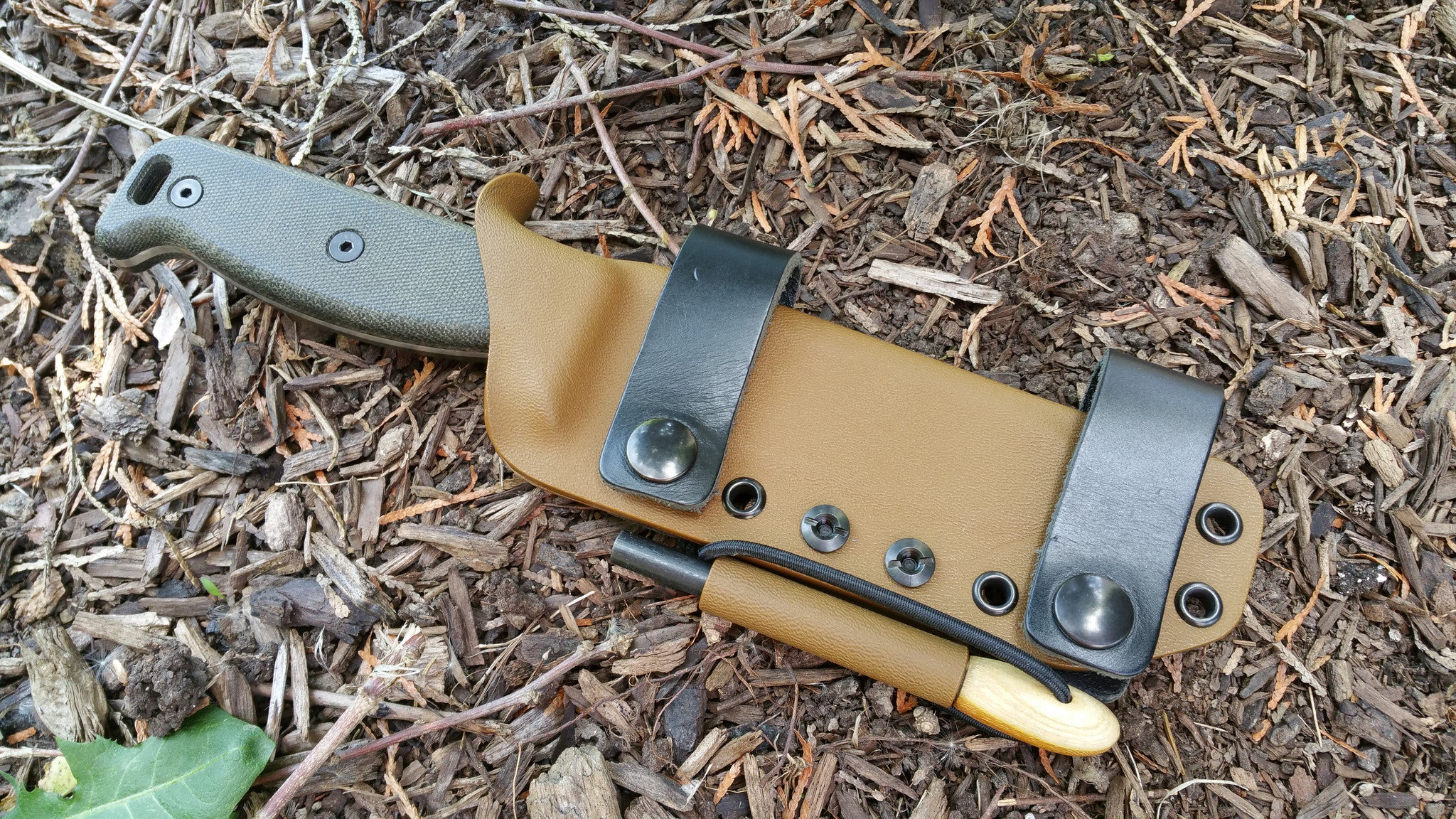"SK-5 Scout Carry Loaded with 5/16"" fire steel and fire steel holder"