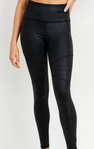 Black Highwaist Foil Scale Print Full Leggings