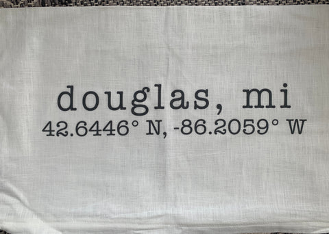 Douglas, MI Throw Pillow - Linen and Includes Pillow insert