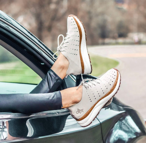 Grey Travel Lite Playful Stylish Sneaker