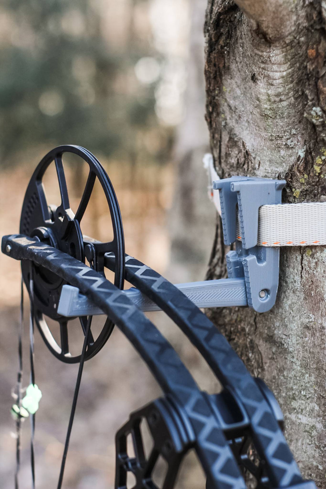 Bow Hunting Hanger