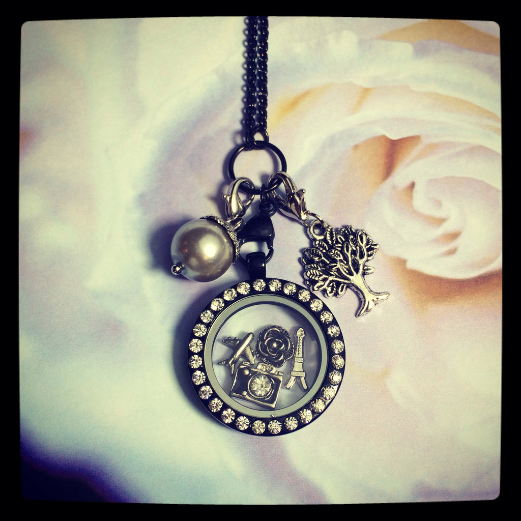 Round Large Locket- Black