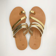 Load image into Gallery viewer, Leather handmade sandal gold
