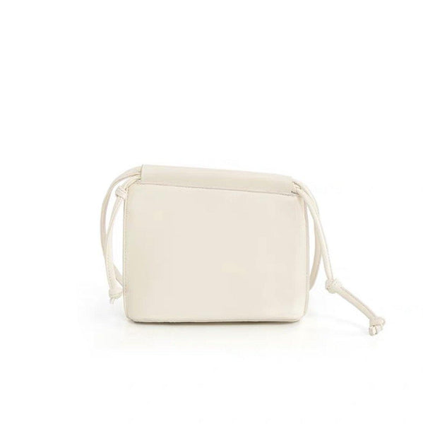 Envelope crossbody in white - CURATED by FS