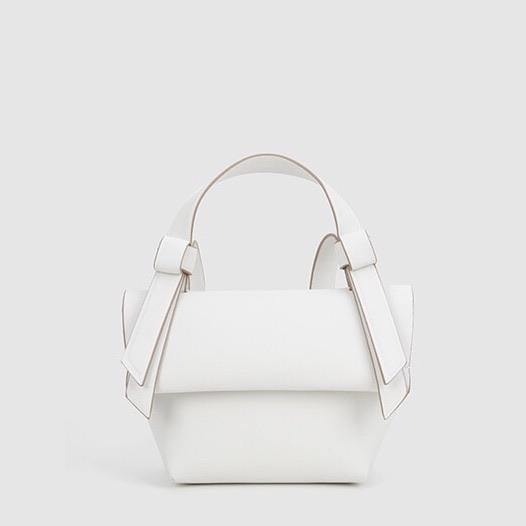 Knotty trapeze day bag in white - CURATED by FS