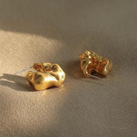 Mini sculptural earrings - CURATED by FS