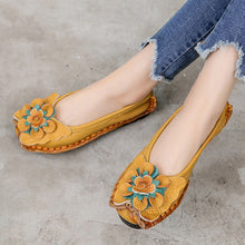 Load image into Gallery viewer, Soft Bottom Women Flats Genuine Leather Mother Shoes Comfort Oxford Shoes For Women Shoes Women Loafers Moccasins Plus Size 42