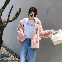 Load image into Gallery viewer, Genuine Fur Jackets Women Winter Warm Thick Furry Mink Fur Coats 2020 Top Quality Campera Mujer Invierno 734 MF369