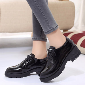 Dropshipping Patent Leather Oxford Shoes Woman British Style Round Toe Lace-up Flats Square Heel Chaussures Femme zapatos ZSTM17