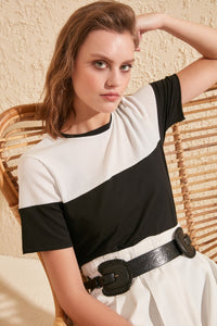 Trendyol Ribbed With Color Block Knitted Blouse TWOSS20BZ0232