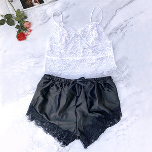 CDJLFH 2Pcs Lingerie Set Women 2020 Summer Sleeveless Sexy Bra Set Floral Lace Cami Tops Satin Trim Shorts And Bra Underwear Set