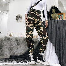 Load image into Gallery viewer, Spring vintage chain black cargo pants women high waist pants joggers baggy trousers women streetwear plus size