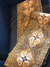 Load image into Gallery viewer, Vintage Gold & Silver Obi Belt with Seasonal Flowers Pattern