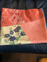 Load image into Gallery viewer, Handbag made of vintage Obi & Kimono Medium