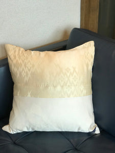 Cushion cover Vintage Obi / Japanese drum pattern embroidery / classical pattern (woven textile Obi)