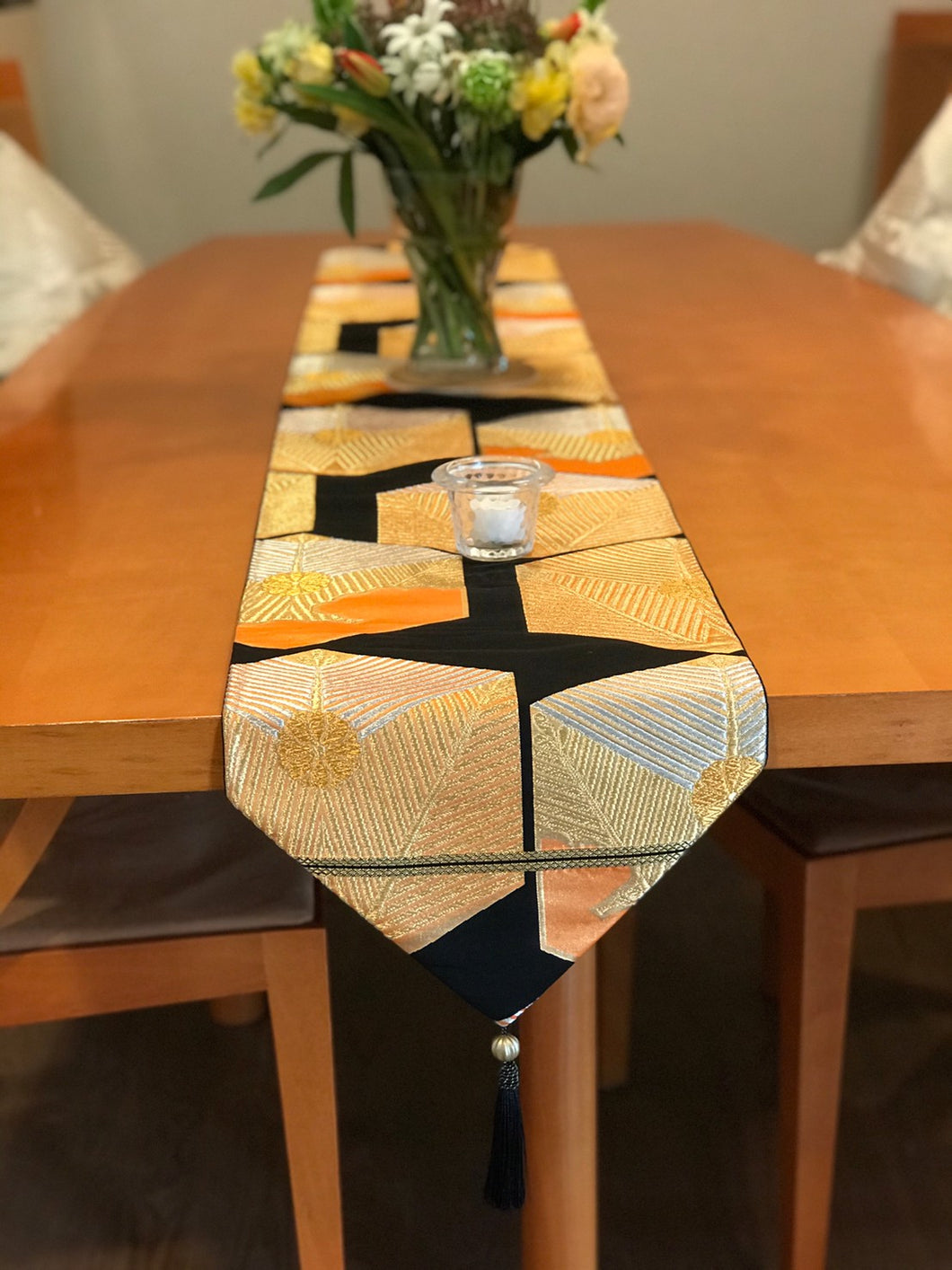Table Runner Black-base tortoiseshells pattern (woven Obi)