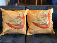 Load image into Gallery viewer, Decorative gold pillow cover with flying cranes