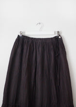 Load image into Gallery viewer, PLEATED SILK SKIRT