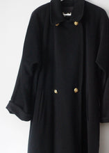 Load image into Gallery viewer, VINTAGE WOOL COAT