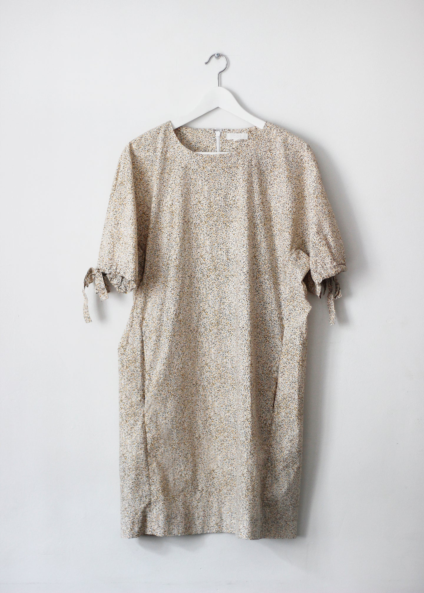 PUFFY SLEEVED POPLIN DRESS