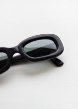 Load image into Gallery viewer, DOLCE & GABBANA VINTAGE SUNGLASSES